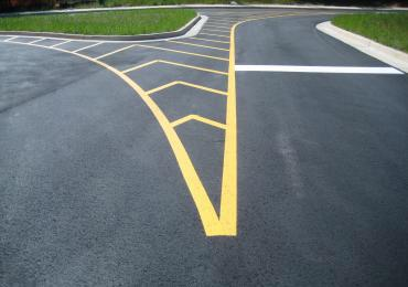 Airport Runway Taxiway Line marking striping paint FAA federal spec
