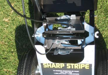 Field Line Striping Painting Machine That Can Spray Two