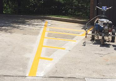 Alkyd traffic line marking striping road street highway for Cost to paint parking lot lines